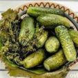 Как вкусно приготовить малосольные огурчики